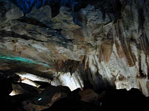 cave tours California foothills