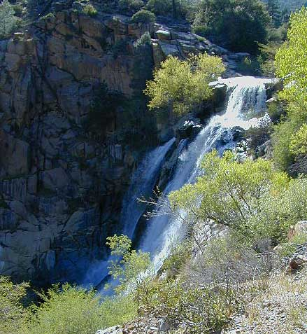 Kern River Campgrounds, Sourthern Sierra Rivers, Waterfalls Kernville  Campground on River