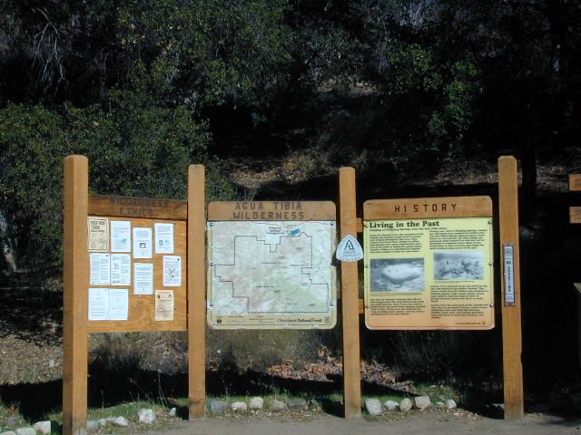 Agua Tibia Trailhead