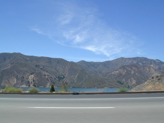 Pyramid Lake LA